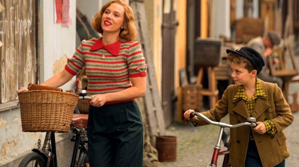 Scarlett Johansson Jojo Rabbit Roman Griffin Davis