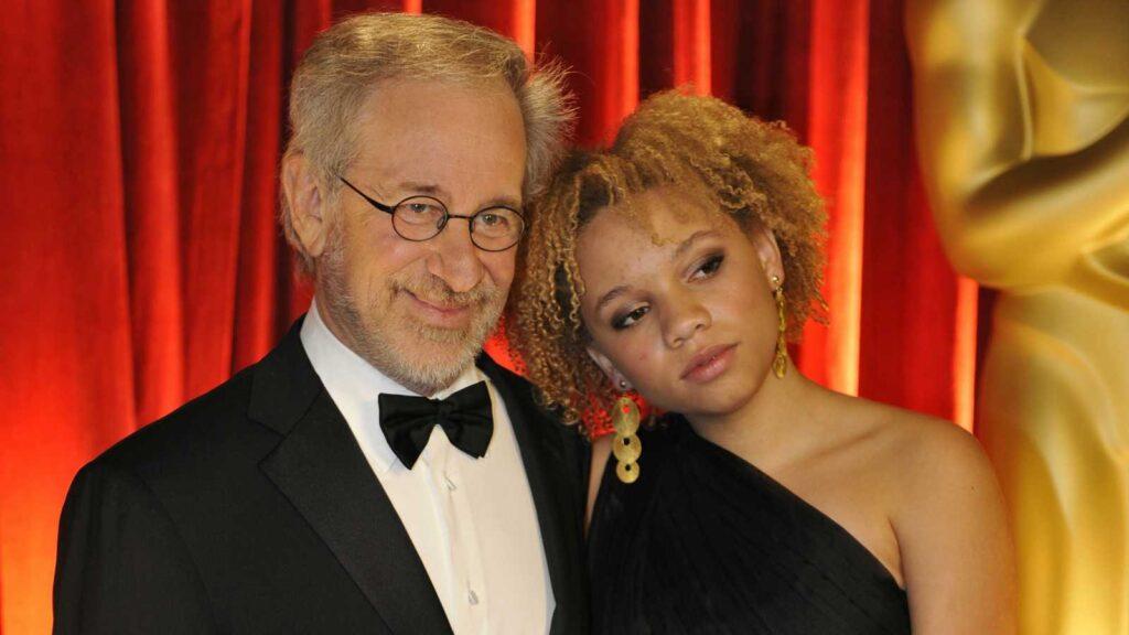 Steven y Mikaela George Spielberg