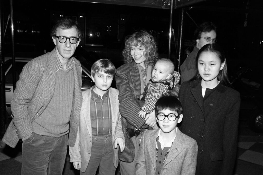 Woody Allen y la familia Farrow