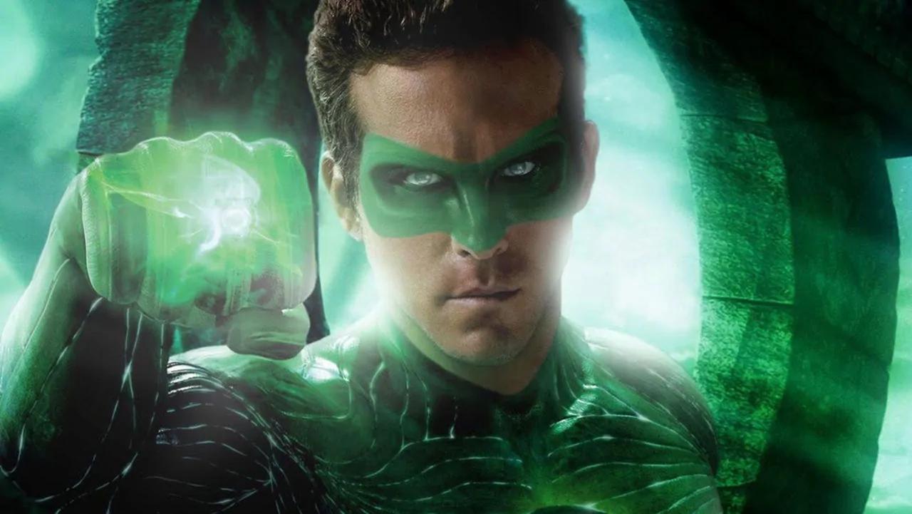 Ryan Reynolds Green Lantern reaction