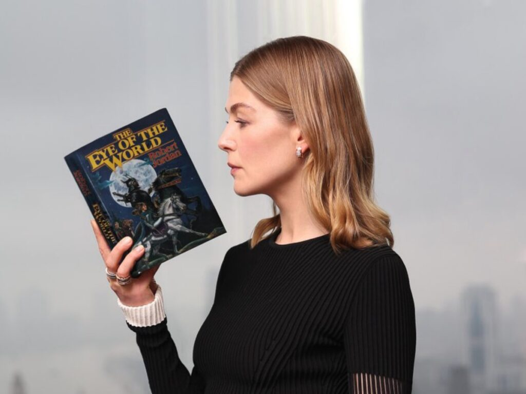 the wheel of time rosamund pike
